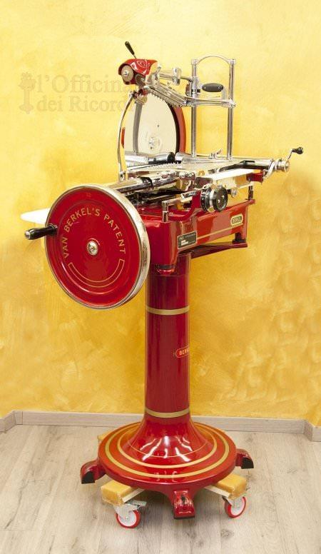 Berkel slicing machine model 21/8H 2dn series red